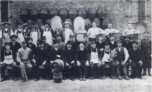 Strohs-employees-1885