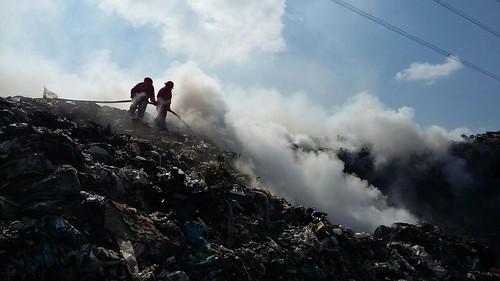 Se incendia basurero de V. Carranza