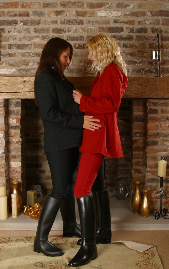 English women in thigh boots fucked - 4 4
