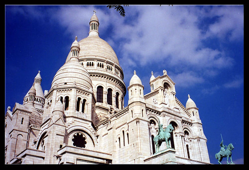 Basilique du Sacré-Coeur Reaches For the Big Blue Sky | by mambo1935