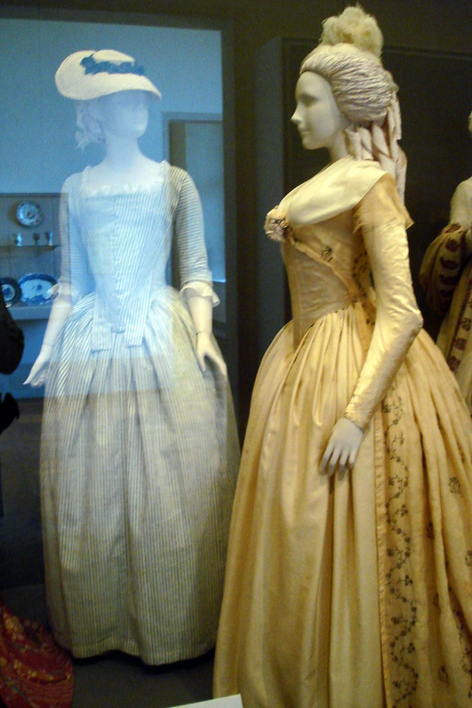 Gowns | On left, Round Gown c. 1775-80s. Worn by servants an… | Flickr