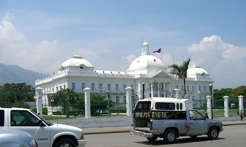 Typical Vehicles in front of Presidential Palace | by MichelleWalz