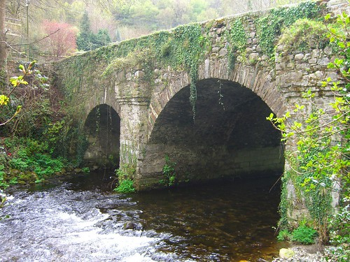 Old Stone Bridge in the Irish Countryside | by JoshTrefethen.com