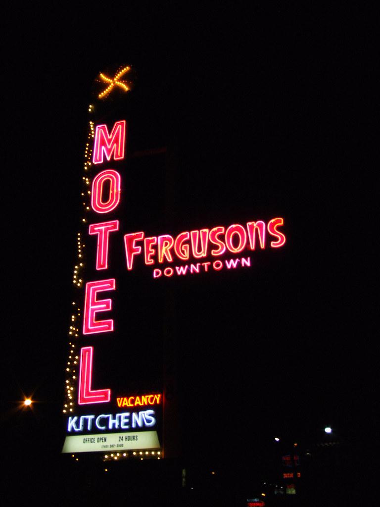 Motel  Las Vegas Tropicana Review