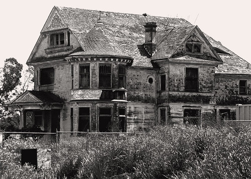 Abandoned Mansion The Redman Hirahira House In
