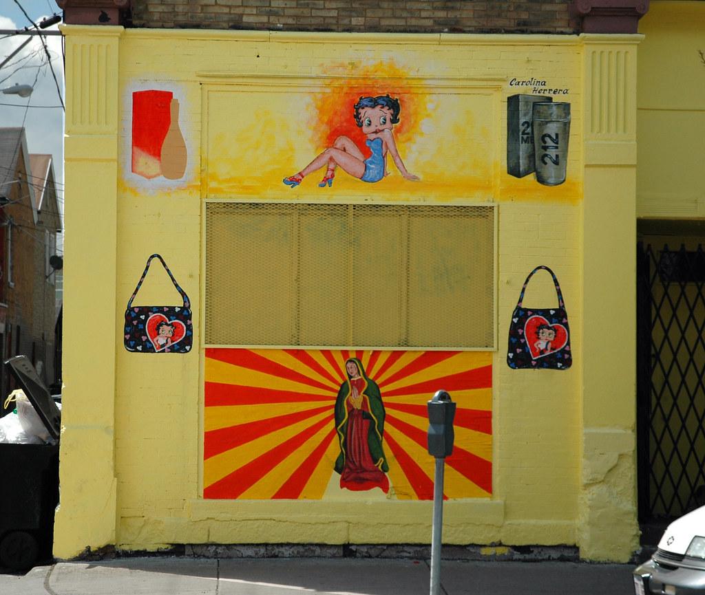 betty boop y la virgen | Carlos Lowry | Flickr