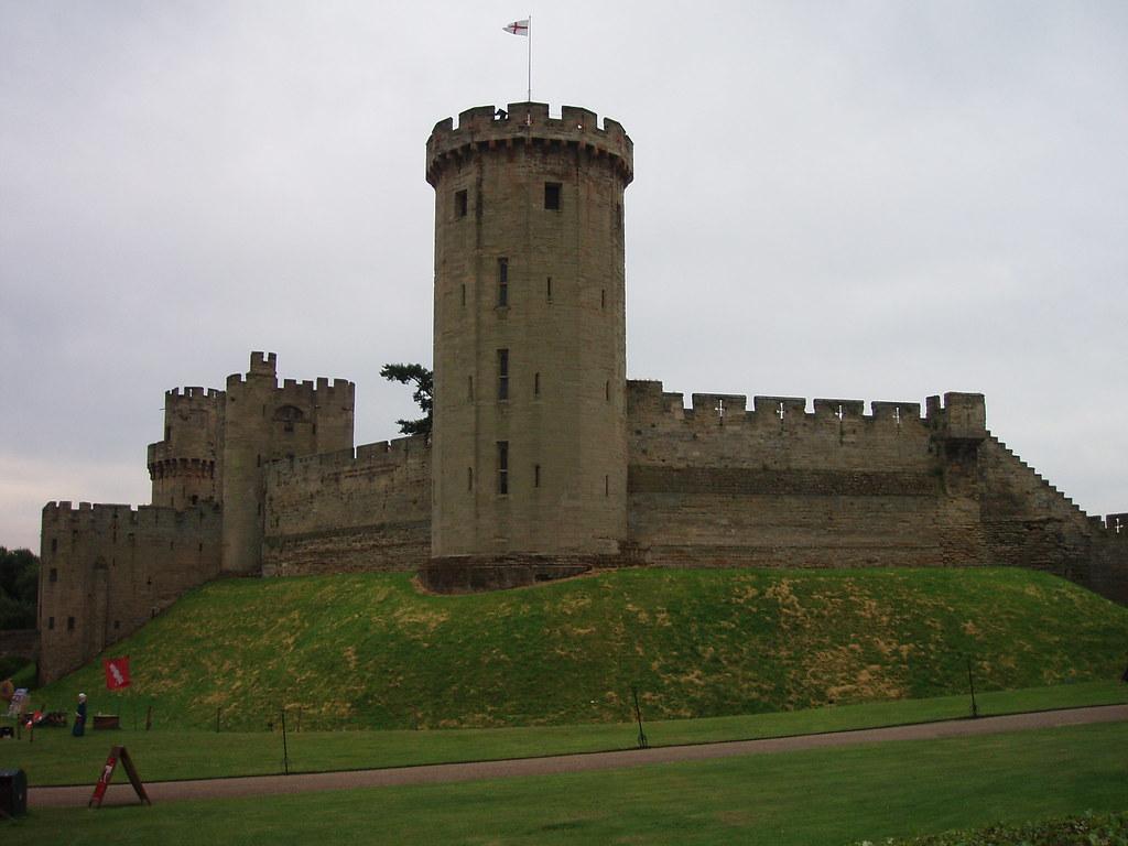 Warwick Castle 1068 William The Conqueror Establishes