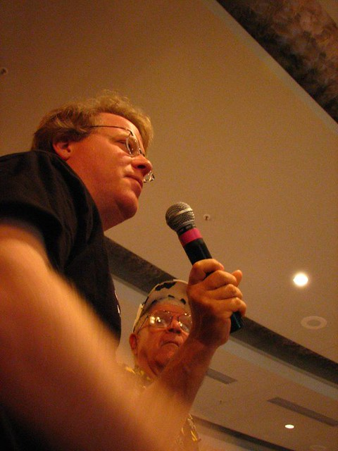 scoble speaks, chris' dad with mic