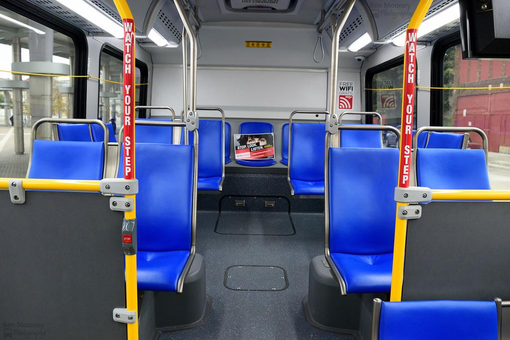VIA Metropolitan Transit Nova Bus 421 CNG | Manufacturer: No… | Flickr