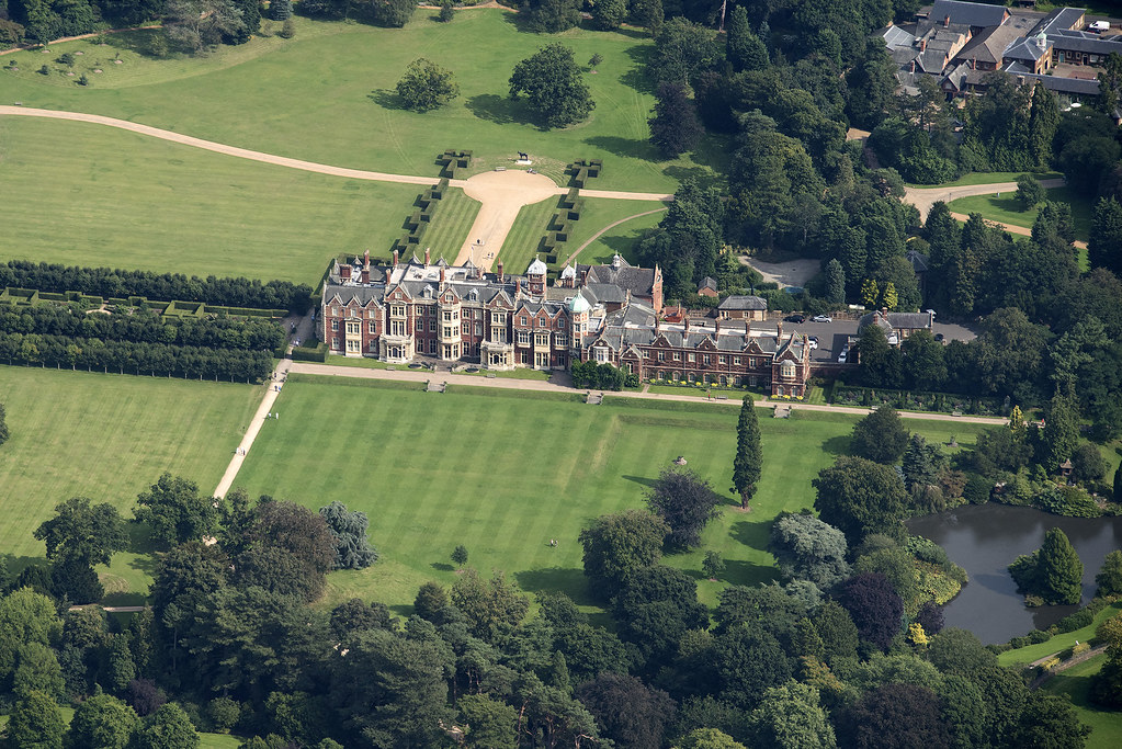 Sandringham House (flickr.com/John D Fielding)
