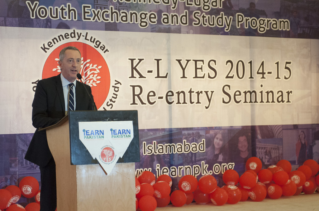 Deputy Chief of Mission Welcomes Returning Youth Exchange