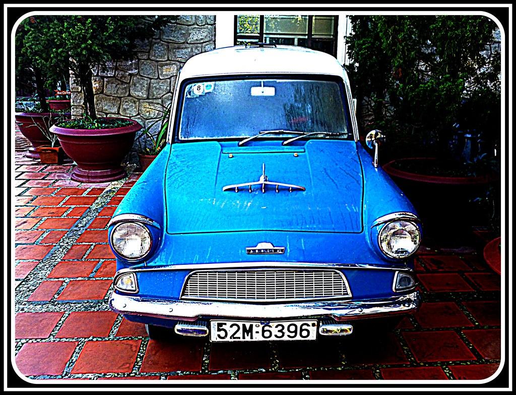 n 3 vietnam classic cars vieilles autos voiture de collection old cars voitures anci nnes. Black Bedroom Furniture Sets. Home Design Ideas