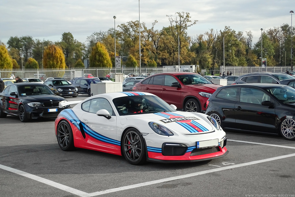 martini gt4 porsche cayman gt4 with martini livery. Black Bedroom Furniture Sets. Home Design Ideas