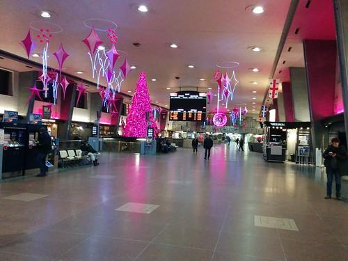 Gare centrale, Montréal, lit up