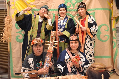 [アイヌ文化ツアー]記念撮影 ([Ainu Cultural Tour] Memorial photography)