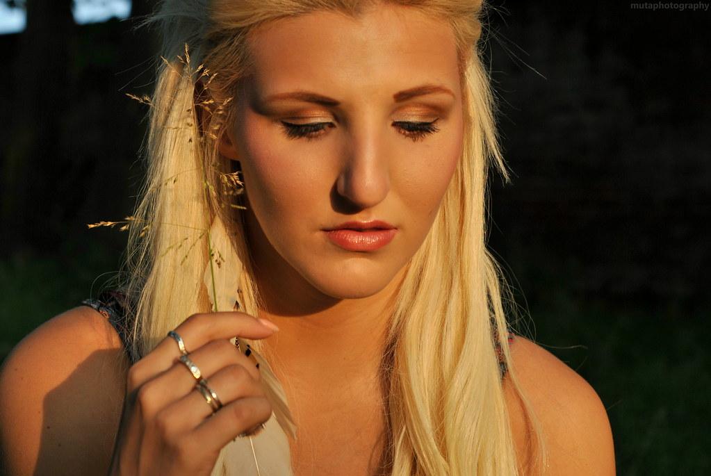 Nikky Blond Nude Photos 14