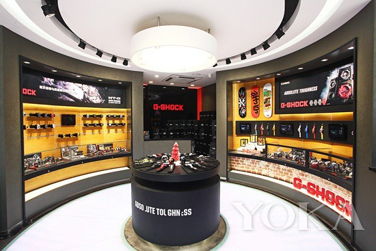 G-SHOCK brand area on the first floor with openness to experience-exhibitions