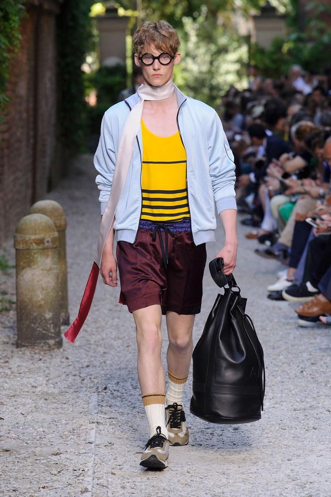 SS16 Milan Andrea Pompilio016_(fashionising.com)