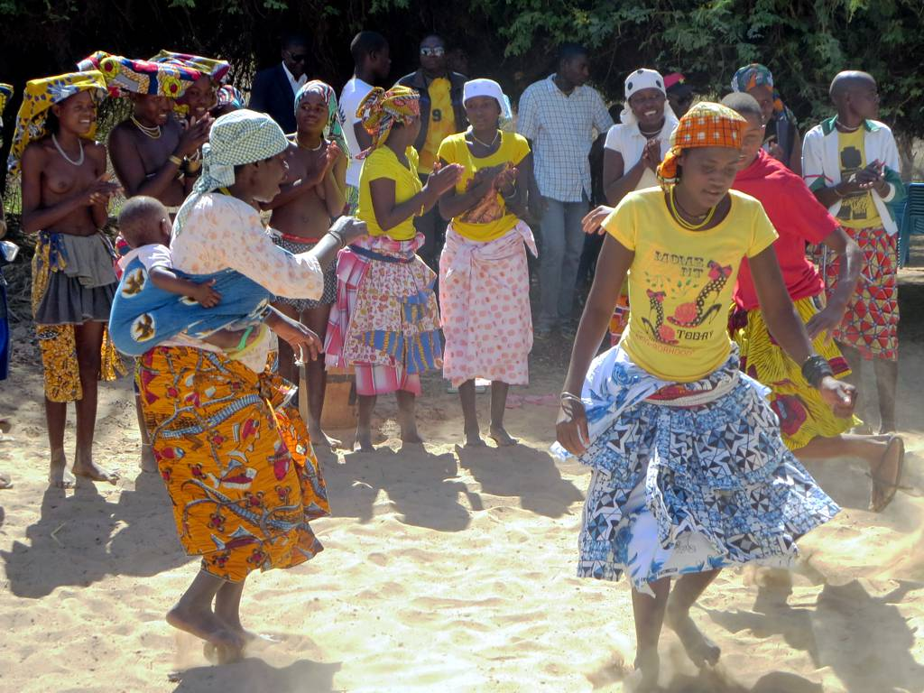 Angola dance