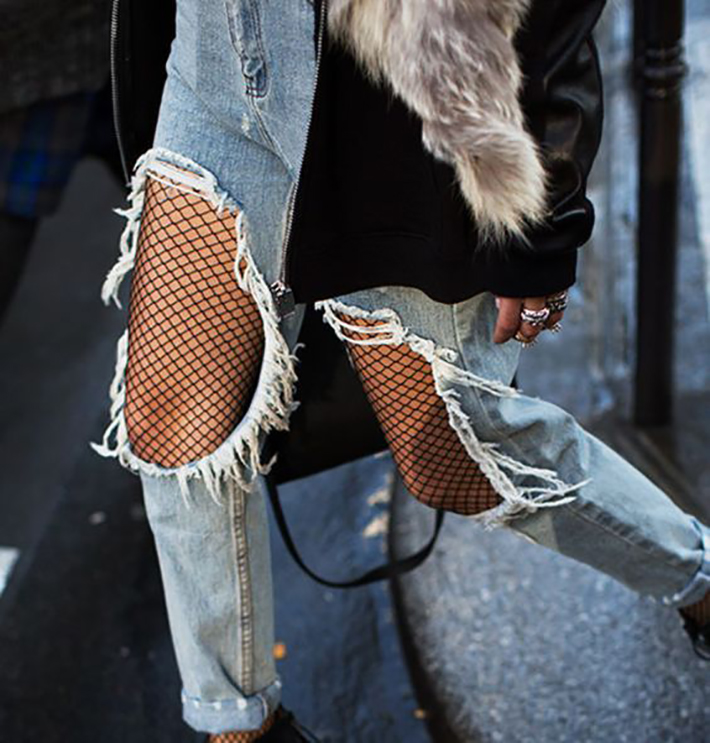 fishnet tights oufit accessories style street style fashion trend9