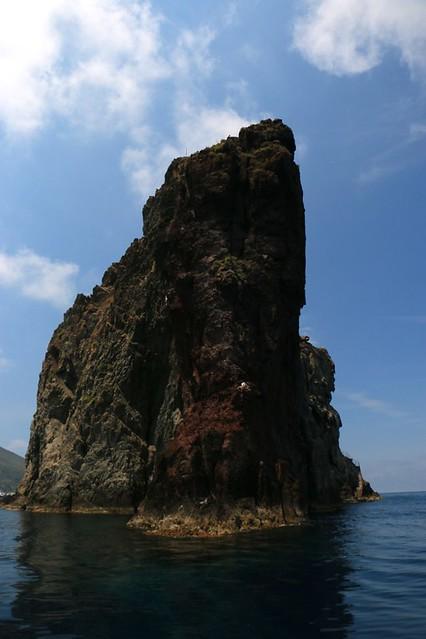 Strombolicchio visto dal mare