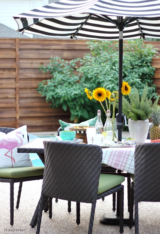 Hi Sugarplum | Patio Dining
