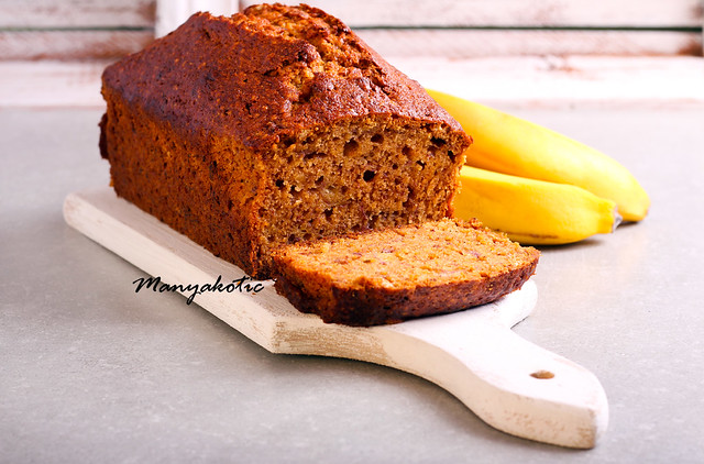 Banana and honey loaf cake on board