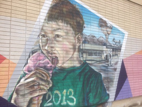Mural depicting the Former Snelgrove ice cream parlor