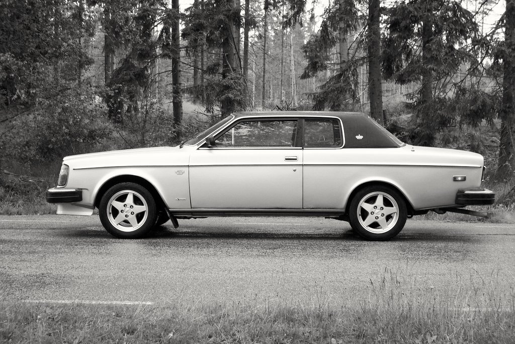 Volvo 262 c by Bertone   The Volvo 262C is the first luxury …   Flickr