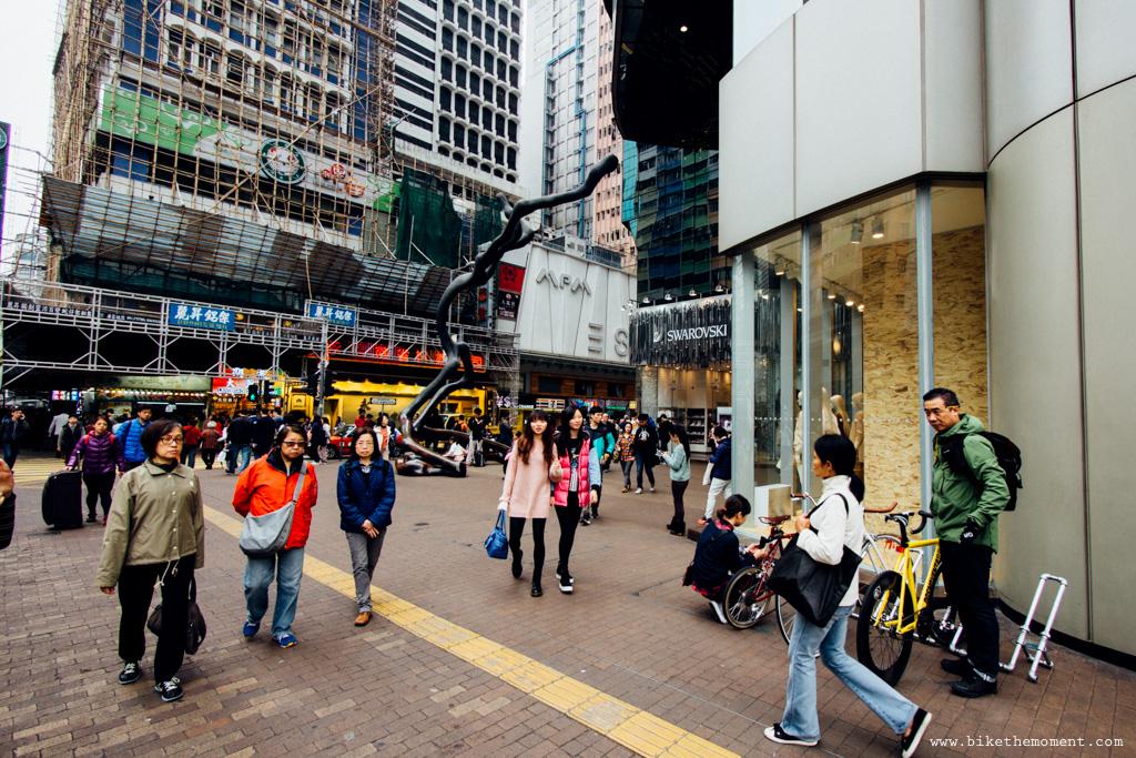 無標題  《假如讓我泊下去2 九龍中西篇》﹣香港市區單車位的幻想影集 18504295398 2310f7d691 o