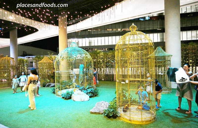 emquartier bangkok water garden birds