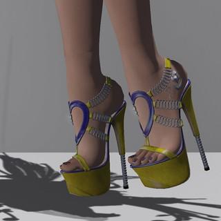 21 Shoe: Glamistry