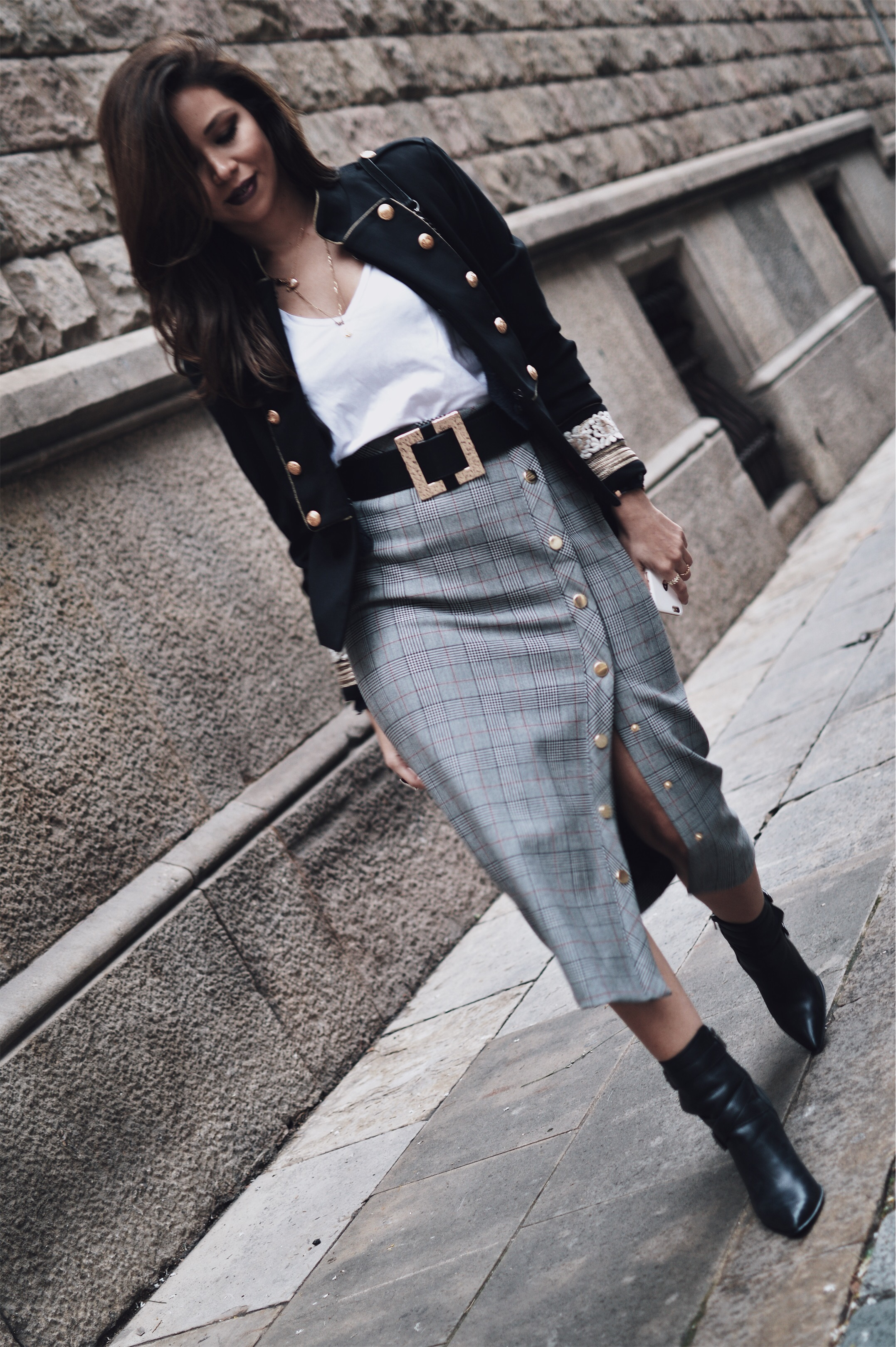 plaid skirt winter look