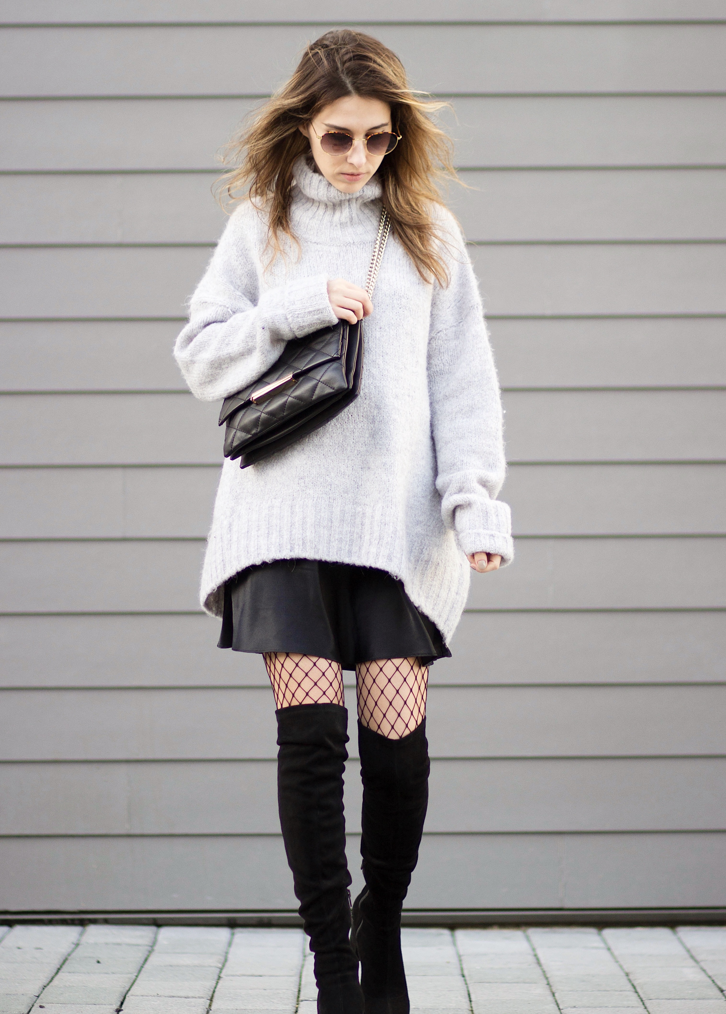 oversized sweater & over knee boots