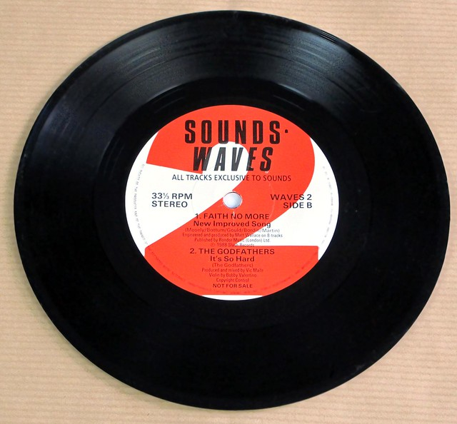 """SOUND WAVES 2 JESUS AND MARY CHAIN / HEAD OF DAVID / FAITH NO MORE / THE GODFATHERS PROMO 7"""" EP NM/NM 33RPM PS VINYL"""