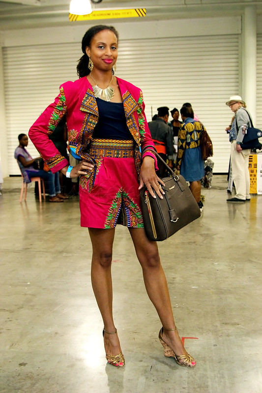 dashiki-shorts-with-blazer-black-cami-top,-heeled-sandals-brown-handbag,how to style co-ords, how to style co-ordinate sets, how to wear matchy matchy, how to wear co-ordinates, how to wear co-ords, how to wear co-ordinate sets
