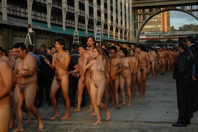 2006 nudist gallery