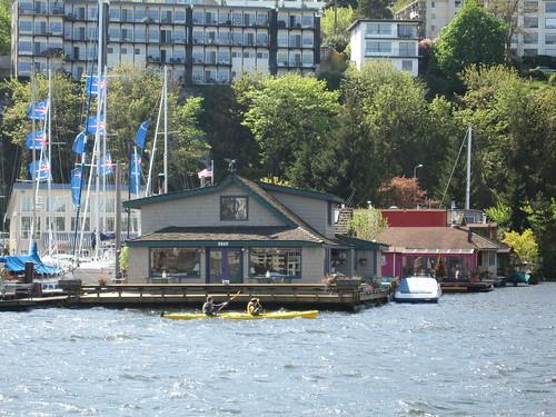 Sleepless In Seattle Houseboat The Houseboat On Lake