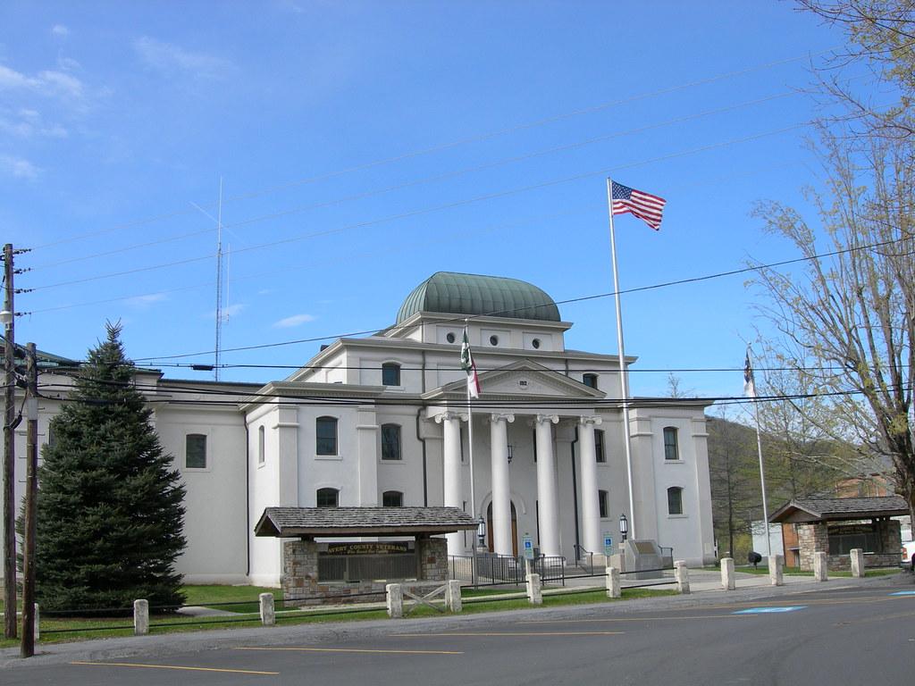 Avery county court house newland north carolina flickr Avery house