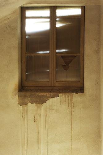 La casa dalle finestre che piangono gita alla colonia - Casa finestre che ridono ...
