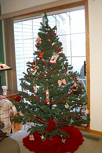 Traci's Christmas tree from Fingerhut | amykjensen | Flickr