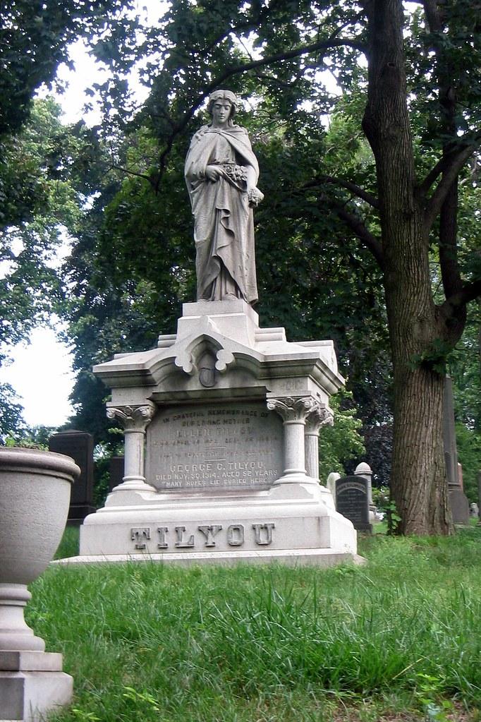 Brooklyn - Green-wood Cemetery - George Tilyou grave | Flickr