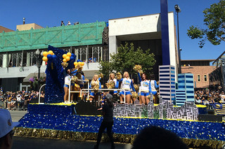 Golden State Warriors - Victory Parade Cheer