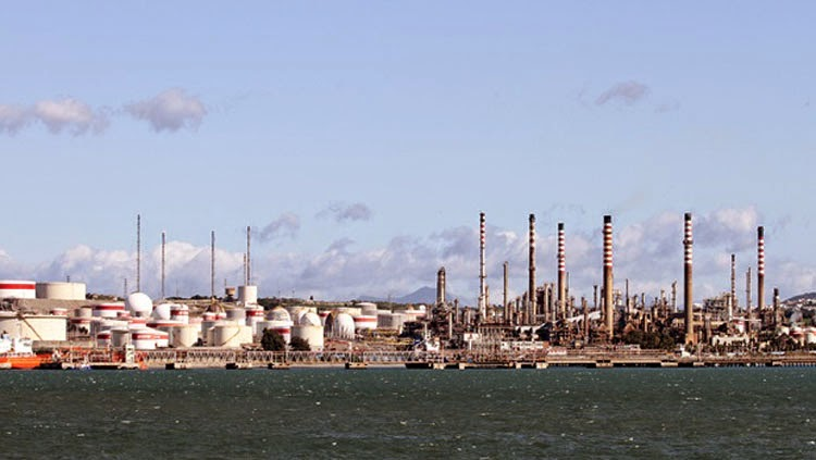refineria 12