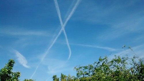 contrails over Sunniside June 15 1