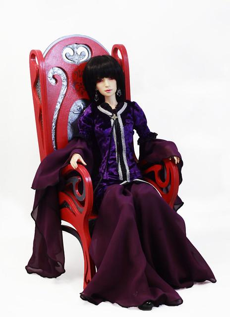 Takumi chair model 06 & Elise