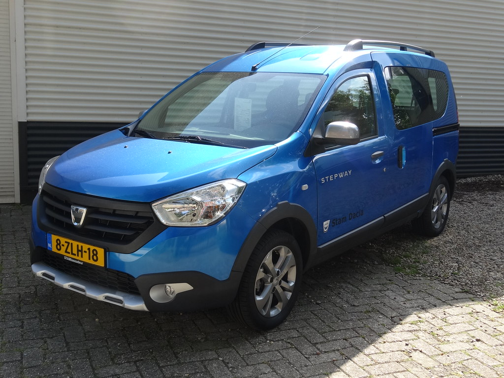 2015 dacia dokker stepway recently dacia added a stepway. Black Bedroom Furniture Sets. Home Design Ideas