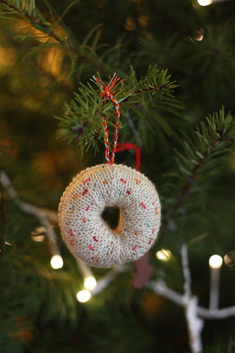 Family Ornament 2016: Doughnut