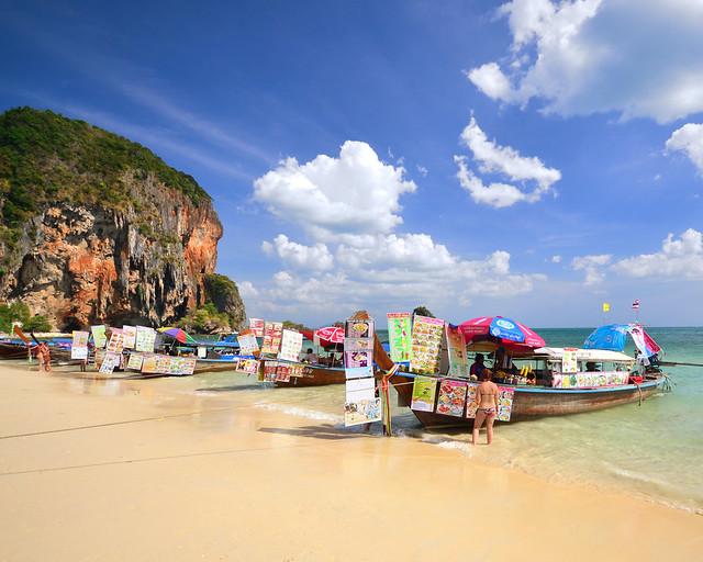 Starbucks de Tailandia en la playa