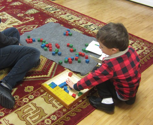 sorting cubes by color
